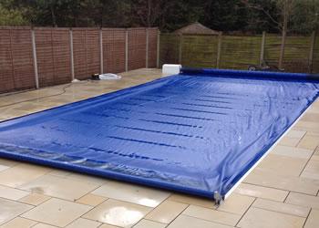 Swimming Pool: Swimming Pool Covers